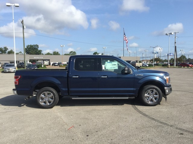 2018 F-150 SuperCrew Cab 4x2,  Pickup #F00913 - photo 13