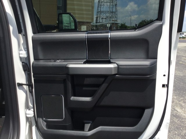 2019 F-350 Crew Cab DRW 4x4,  Pickup #F09582 - photo 33