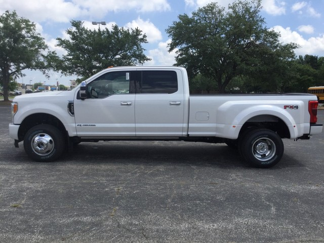 2019 F-350 Crew Cab DRW 4x4,  Pickup #F09582 - photo 5