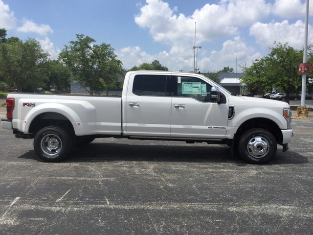2019 F-350 Crew Cab DRW 4x4,  Pickup #F09582 - photo 8