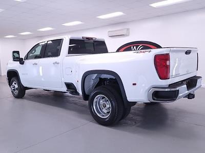 2021 Chevrolet Silverado 3500 Crew Cab 4x4, Pickup #TC012715 - photo 2