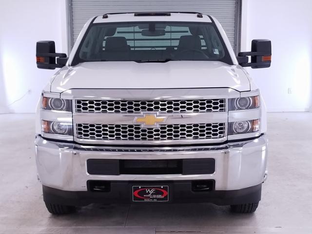 2019 Silverado 3500 Crew Cab DRW 4x2,  CM Truck Beds RD Model Platform Body #TC021199 - photo 3