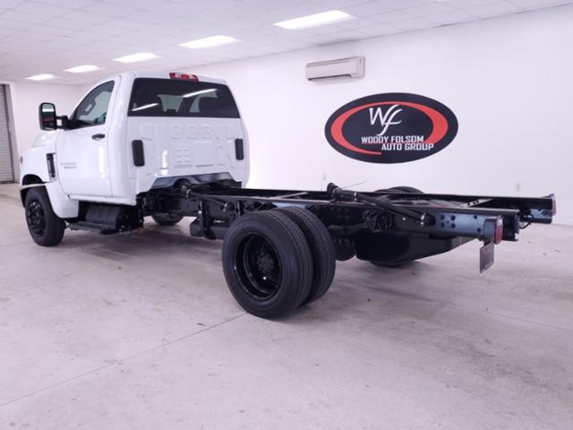 2020 Chevrolet Silverado Medium Duty Regular Cab DRW 4x2, Cab Chassis #TC022100 - photo 2