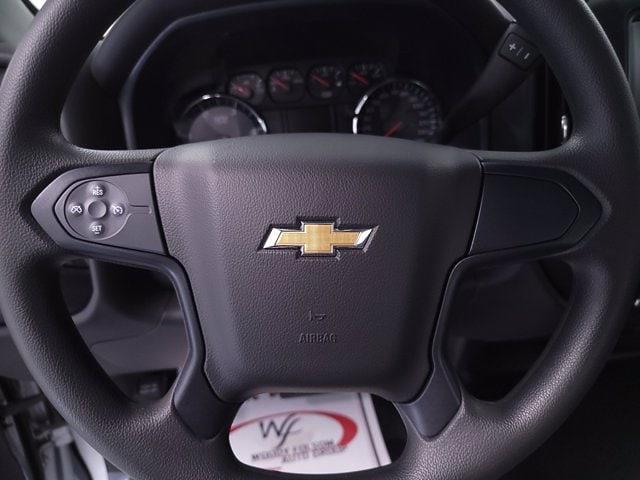 2021 Chevrolet Silverado 5500 Crew Cab DRW 4x4, Cab Chassis #TC031916 - photo 16
