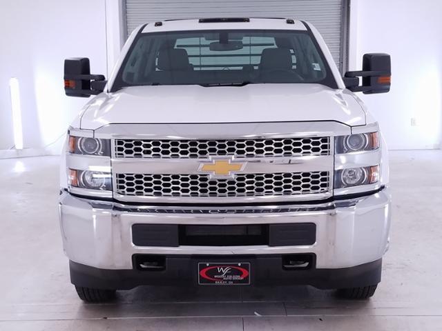 2019 Silverado 3500 Crew Cab DRW 4x2,  CM Truck Beds RD Model Platform Body #TC032093 - photo 3