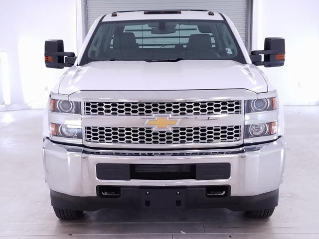 2019 Silverado 3500 Crew Cab DRW 4x2,  CM Truck Beds RD Model Platform Body #TC032094 - photo 3