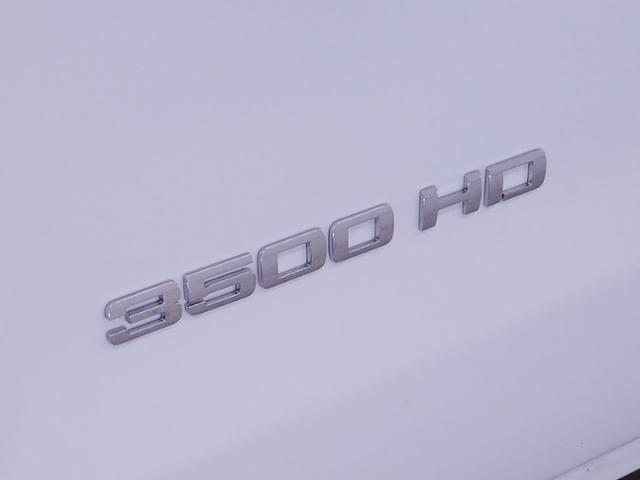 2019 Silverado 3500 Crew Cab DRW 4x2,  CM Truck Beds RD Model Platform Body #TC032094 - photo 4