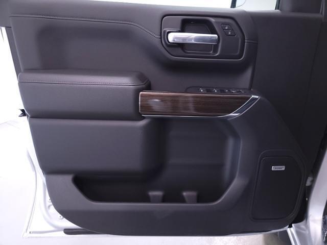 2021 Chevrolet Silverado 1500 Crew Cab 4x4, Pickup #TC041212 - photo 12