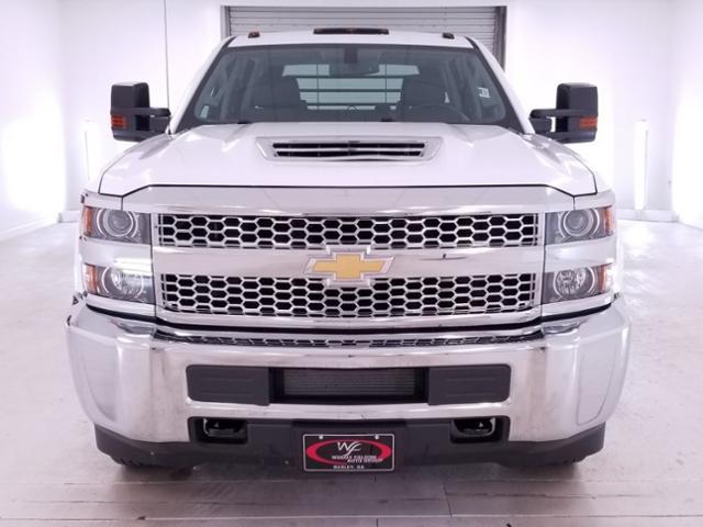 2019 Silverado 3500 Crew Cab DRW 4x4,  CM Truck Beds RD Model Platform Body #TC042397 - photo 3
