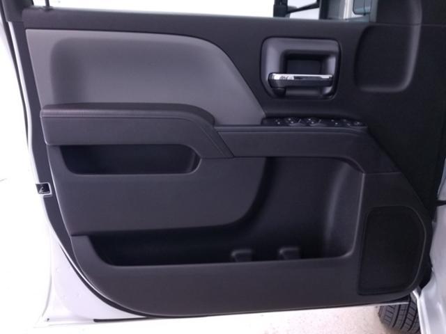 2019 Silverado 3500 Crew Cab DRW 4x4,  CM Truck Beds RD Model Platform Body #TC042397 - photo 7