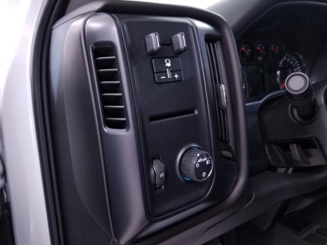 2019 Silverado 3500 Crew Cab DRW 4x4,  CM Truck Beds RD Model Platform Body #TC042397 - photo 9