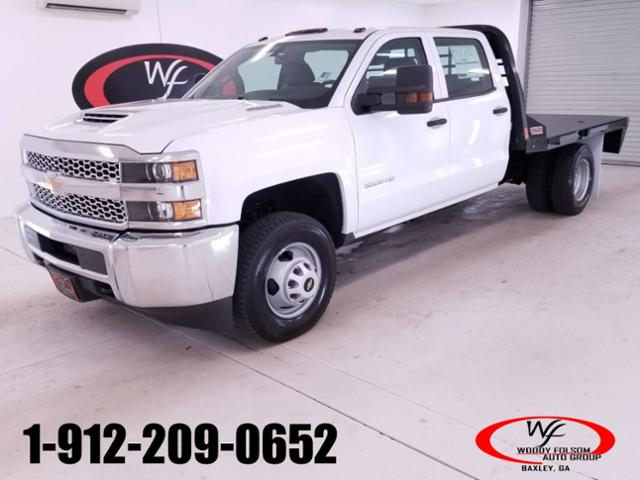 2019 Silverado 3500 Crew Cab DRW 4x4,  CM Truck Beds RD Model Platform Body #TC042691 - photo 1