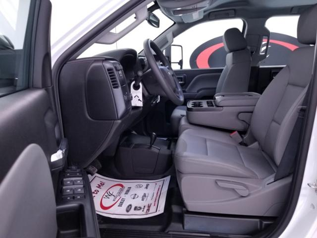 2019 Silverado 3500 Crew Cab DRW 4x4,  CM Truck Beds RD Model Platform Body #TC042691 - photo 10