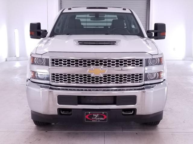 2019 Silverado 3500 Crew Cab DRW 4x4,  CM Truck Beds RD Model Platform Body #TC042691 - photo 3