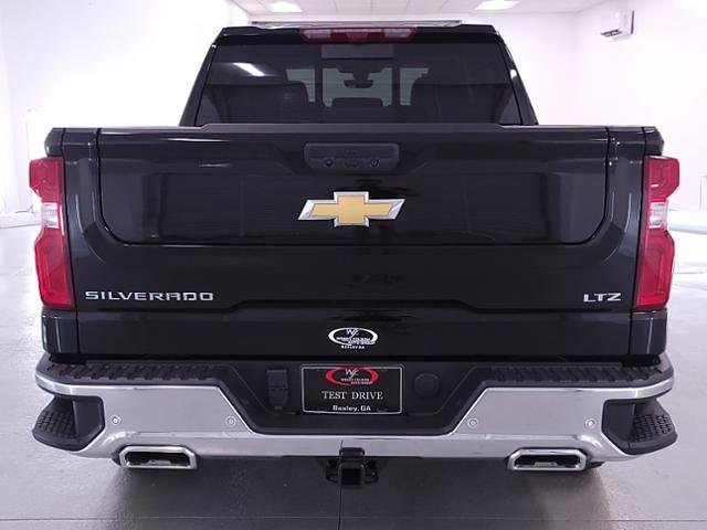 2021 Chevrolet Silverado 1500 Crew Cab 4x4, Pickup #TC042719 - photo 7