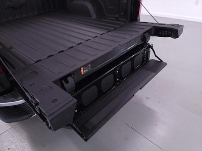 2021 Chevrolet Silverado 1500 Crew Cab 4x4, Pickup #TC042719 - photo 10