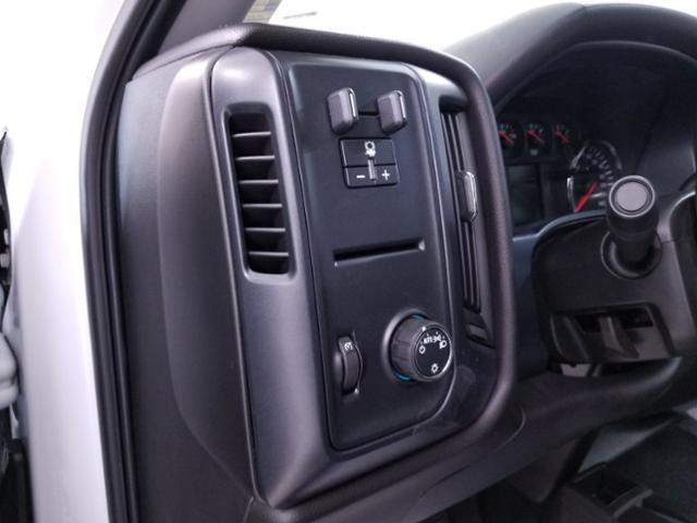 2019 Silverado 3500 Crew Cab DRW 4x4,  CM Truck Beds RD Model Platform Body #TC043096 - photo 7
