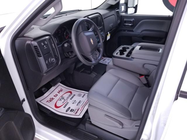 2019 Silverado 3500 Crew Cab DRW 4x4,  CM Truck Beds RD Model Platform Body #TC043096 - photo 9