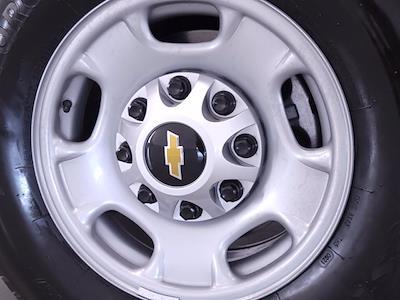 2021 Chevrolet Silverado 2500 Double Cab 4x2, Pickup #TC050911 - photo 4