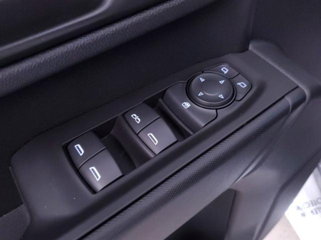 2020 Chevrolet Silverado 2500 Crew Cab 4x4, Warner Select Pro Service Body #TC052101 - photo 9