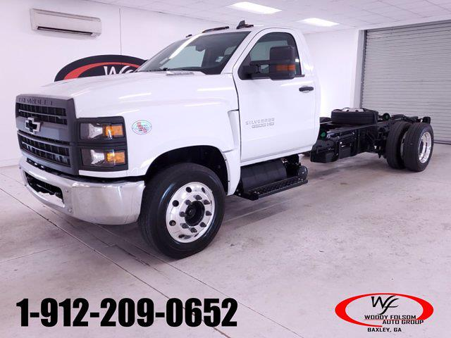 2020 Chevrolet Silverado Medium Duty Regular Cab DRW RWD, Cab Chassis #TC052605 - photo 1