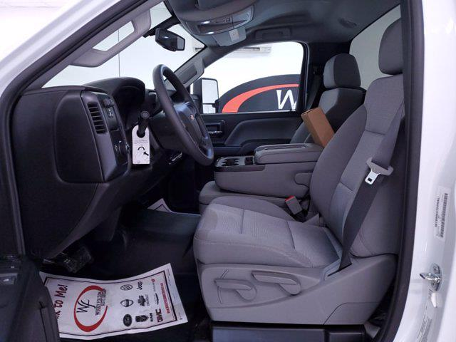 2020 Chevrolet Silverado Medium Duty DRW 4x2, Cab Chassis #TC052605 - photo 10