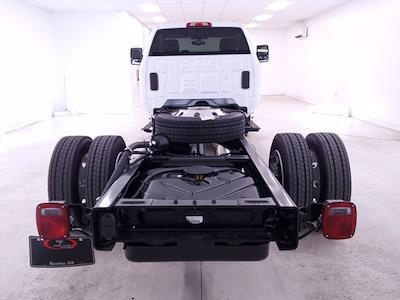 2020 Chevrolet Silverado Medium Duty Regular Cab DRW RWD, Cab Chassis #TC052605 - photo 6