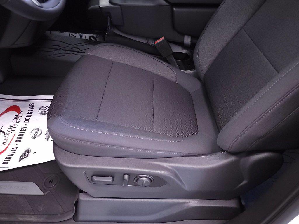 2021 Chevrolet Silverado 1500 Crew Cab 4x2, Pickup #TC052610 - photo 14