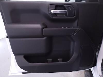 2021 Chevrolet Silverado 1500 Crew Cab 4x4, Pickup #TC052712 - photo 10