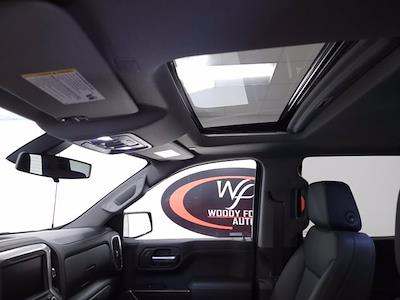 2021 Chevrolet Silverado 1500 Crew Cab 4x4, Pickup #TC060214 - photo 17