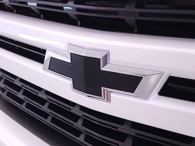 2021 Chevrolet Silverado 1500 Crew Cab 4x4, Pickup #TC060515 - photo 4