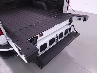 2021 Chevrolet Silverado 1500 Crew Cab 4x4, Pickup #TC060515 - photo 12