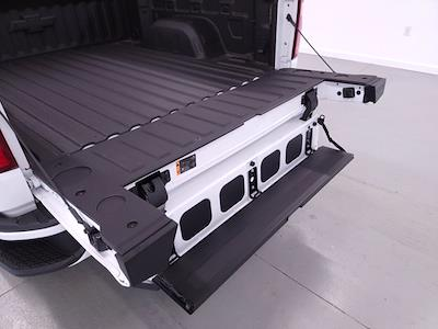 2021 Chevrolet Silverado 1500 Crew Cab 4x4, Pickup #TC060517 - photo 10