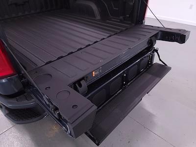 2021 Chevrolet Silverado 1500 Crew Cab 4x4, Pickup #TC062817 - photo 9