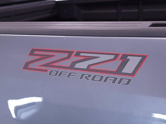 2021 Chevrolet Colorado Crew Cab 4x4, Pickup #TC062912 - photo 5