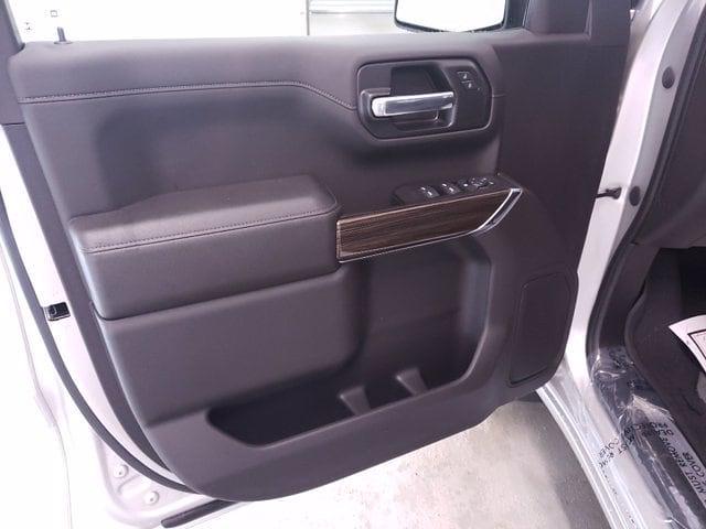 2021 Chevrolet Silverado 1500 Crew Cab 4x2, Pickup #TC070119 - photo 8