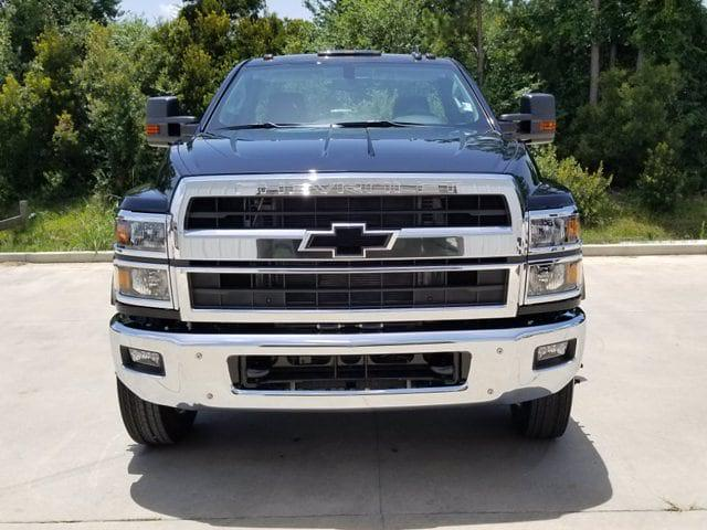 2019 Chevrolet Silverado Medium Duty Regular Cab DRW RWD, Cab Chassis #TC070191 - photo 3