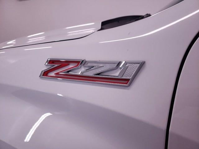 2021 Chevrolet Silverado 1500 Crew Cab 4x4, Pickup #TC070215 - photo 5