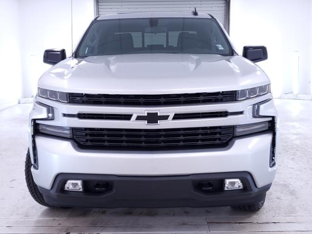 2020 Chevrolet Silverado 1500 Crew Cab 4x4, Pickup #TC070609 - photo 4