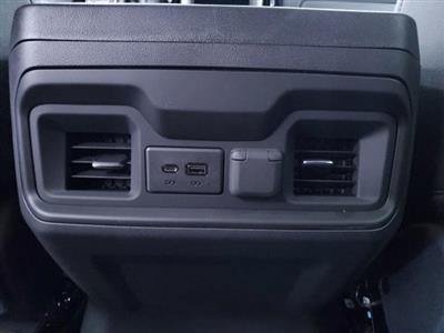2020 Chevrolet Silverado 1500 Crew Cab 4x4, Pickup #TC070609 - photo 21