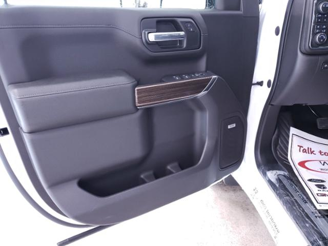 2020 Chevrolet Silverado 1500 Crew Cab 4x4, Pickup #TC070704 - photo 11