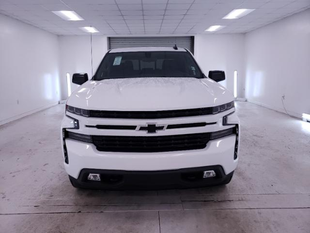 2020 Chevrolet Silverado 1500 Crew Cab 4x4, Pickup #TC070704 - photo 3