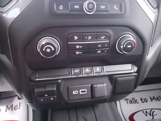 2021 Chevrolet Silverado 1500 Crew Cab 4x4, Pickup #TC070915 - photo 16