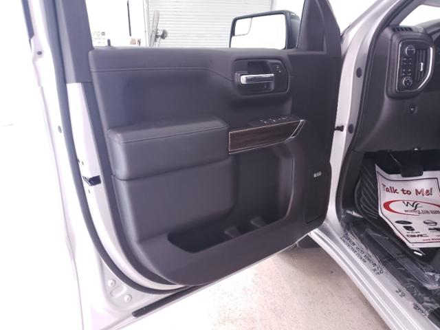 2020 Chevrolet Silverado 1500 Crew Cab 4x4, Pickup #TC071105 - photo 10