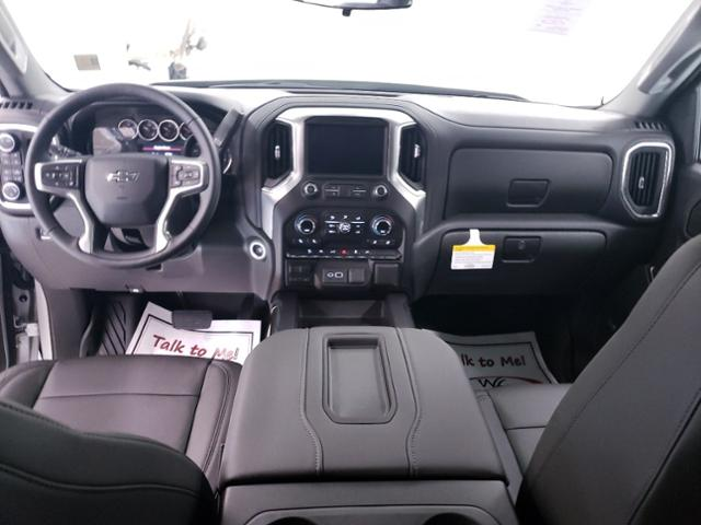 2020 Chevrolet Silverado 1500 Crew Cab 4x4, Pickup #TC071105 - photo 15