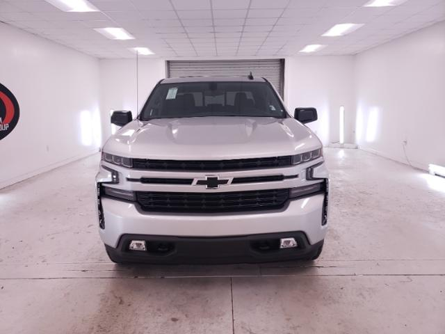 2020 Chevrolet Silverado 1500 Crew Cab 4x4, Pickup #TC071105 - photo 3