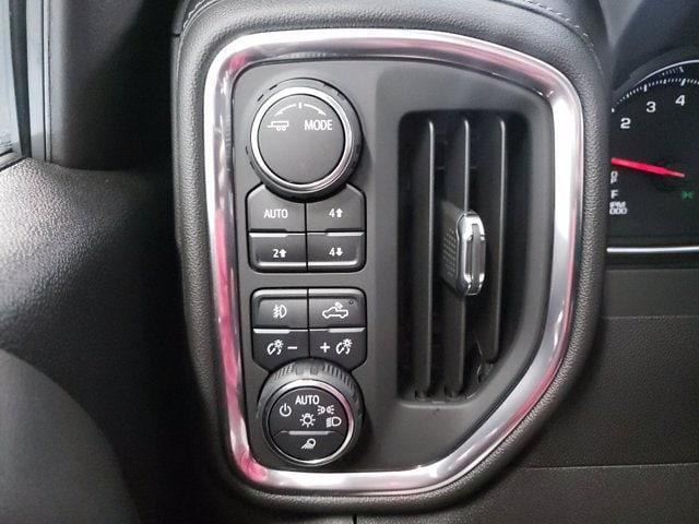 2021 Chevrolet Silverado 1500 Crew Cab 4x4, Pickup #TC071211 - photo 19