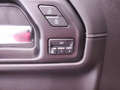 2021 Chevrolet Silverado 1500 Crew Cab 4x4, Pickup #TC071211 - photo 11