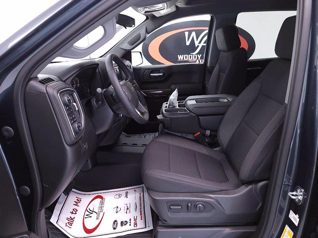 2021 Chevrolet Silverado 1500 Crew Cab 4x4, Pickup #TC071217 - photo 11
