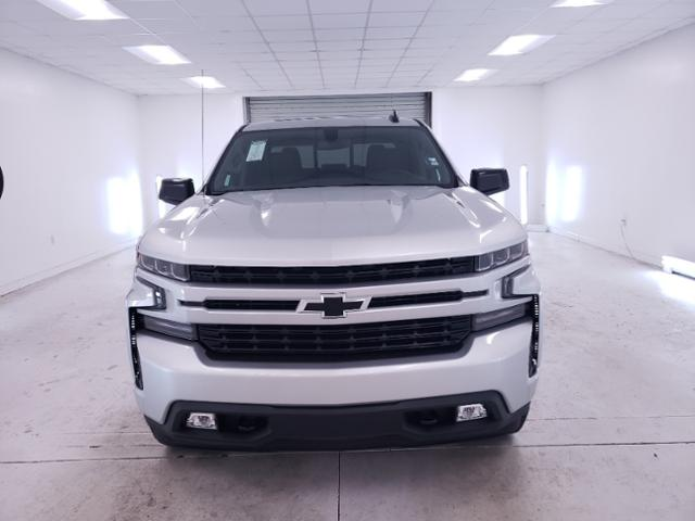 2020 Chevrolet Silverado 1500 Crew Cab 4x4, Pickup #TC071401 - photo 3
